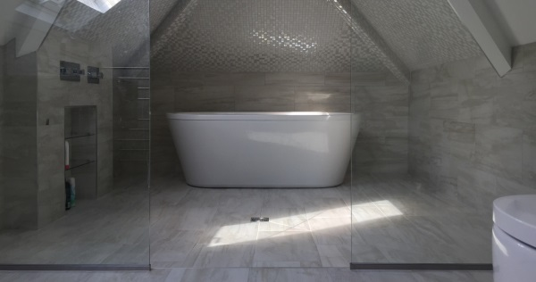 Hale Guest Ensuite stunning mosiac tiled wetroom in attic room 1 Feature