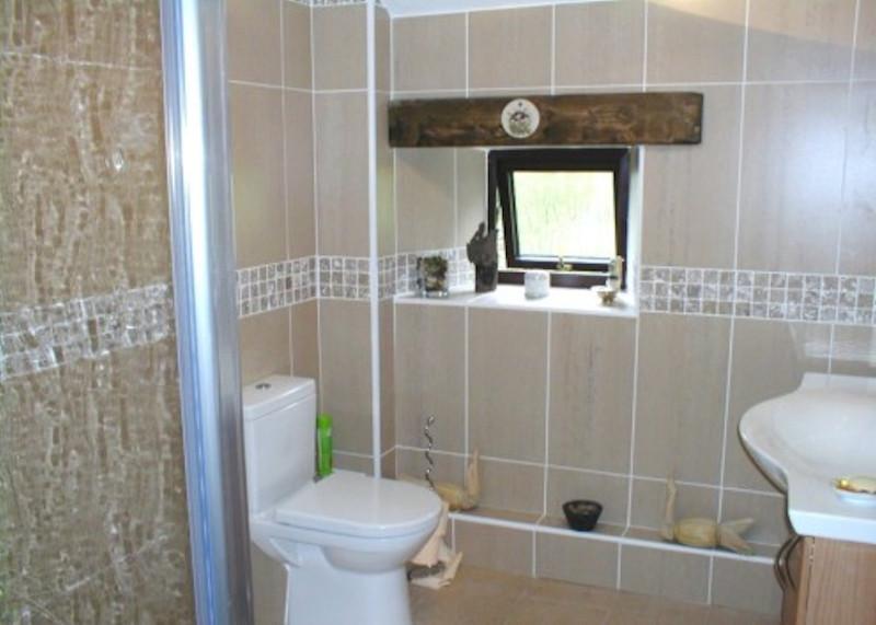 Rays-Bathroom-taddington-0