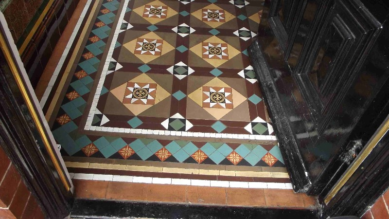 Finished-floor-re-tiled-sealed-cleaned