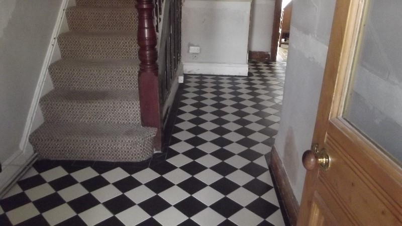 KD-floor-showing-perfect-straight-lines