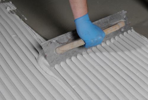 Преимущества и виды клея для плитки